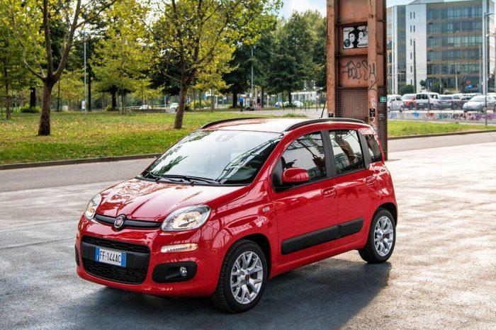 PROMO –  Fiat Panda 1.0 Easy Hybrid – Iva Inclusa nel prezzo